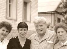 И. Н. Ментюкова, ее дочь Юлия, М. М. Зиньковский (автор письма) и Т. П. Белова (мать И. Н. Ментюковой). Фото из семейного архива Ирины Ментюковой.